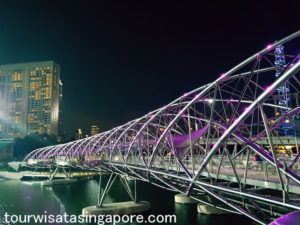 helix-bridge-waktu-malam